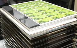 Шелкотрафаретная печать пластиковых карт